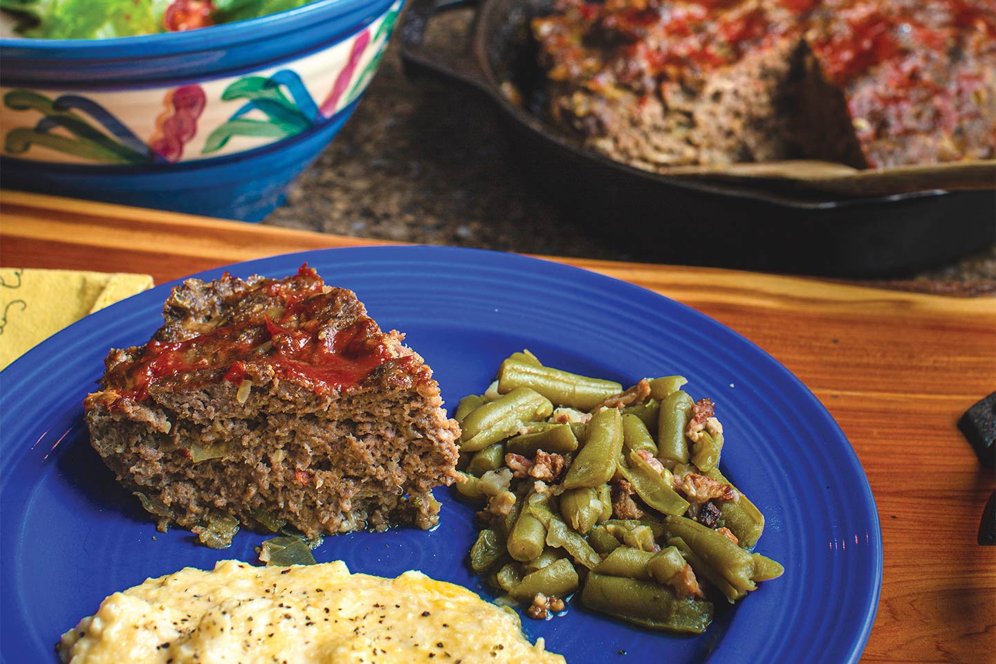 shuptrine's twisted meatloaf with green beans and cheese cauliflower