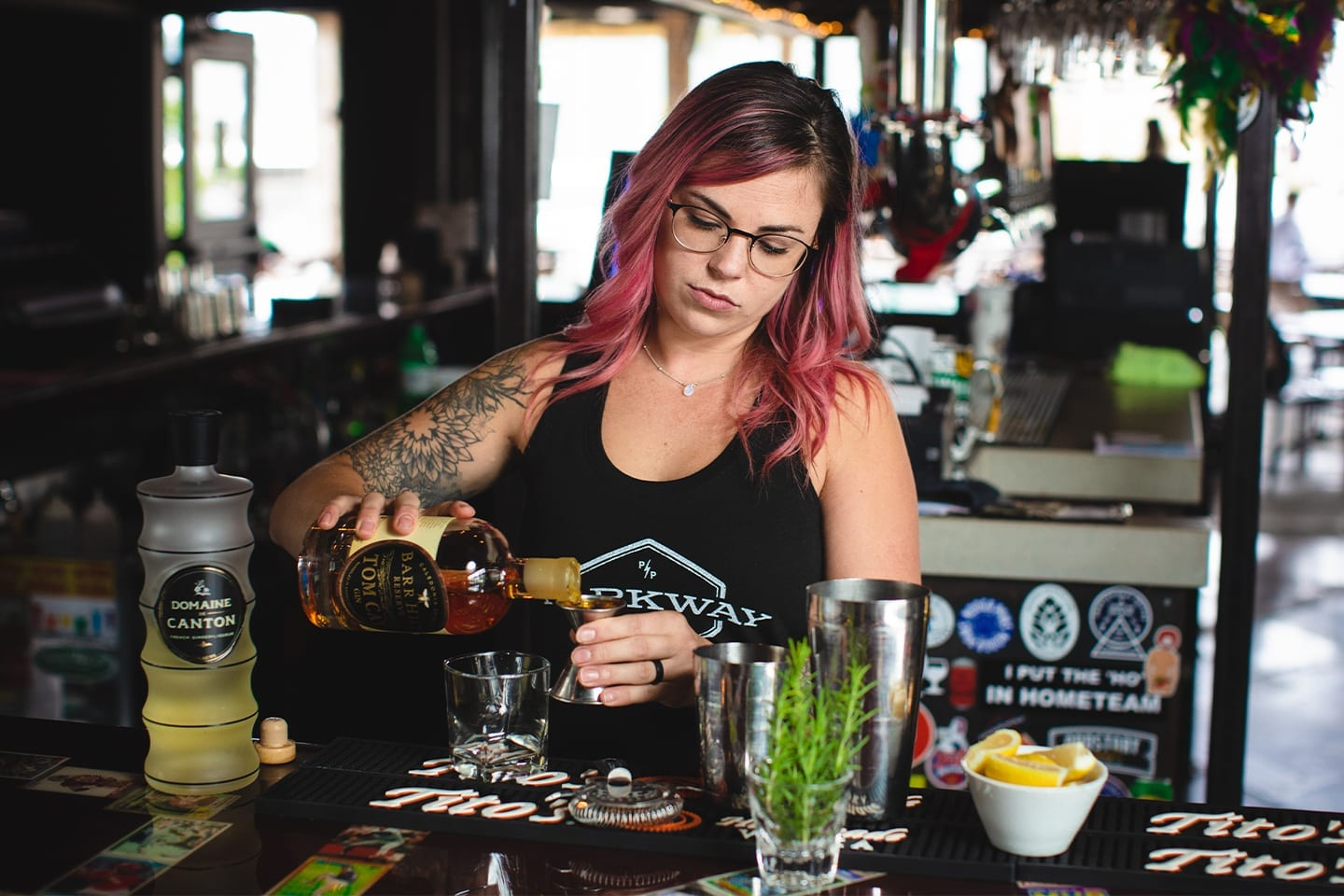 Parkway-Pourhouse-Bartender.Photo-by-Rich-Smith.RightColumn2