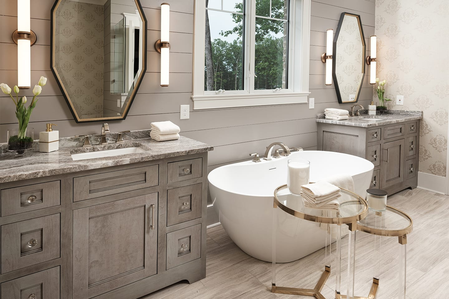 elegant-master-bathroom.photo-by-philip-slowiak.RightColumn1