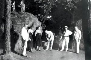 Garnet Carter putting the ball at Tom Thumb mini golf course; Photo Courtesy of Chattanooga Public Library